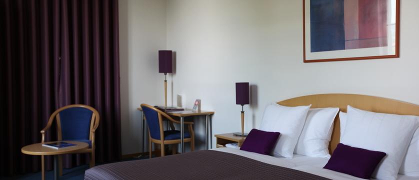 switzerland_montreux_hotelbonrivage_standard-room.jpg